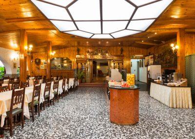 MESON CASTILLA buffet 2