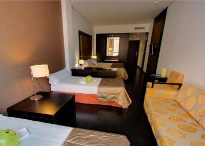 GRAN HOTEL DON MANUELHabitacion Cuadruple 2