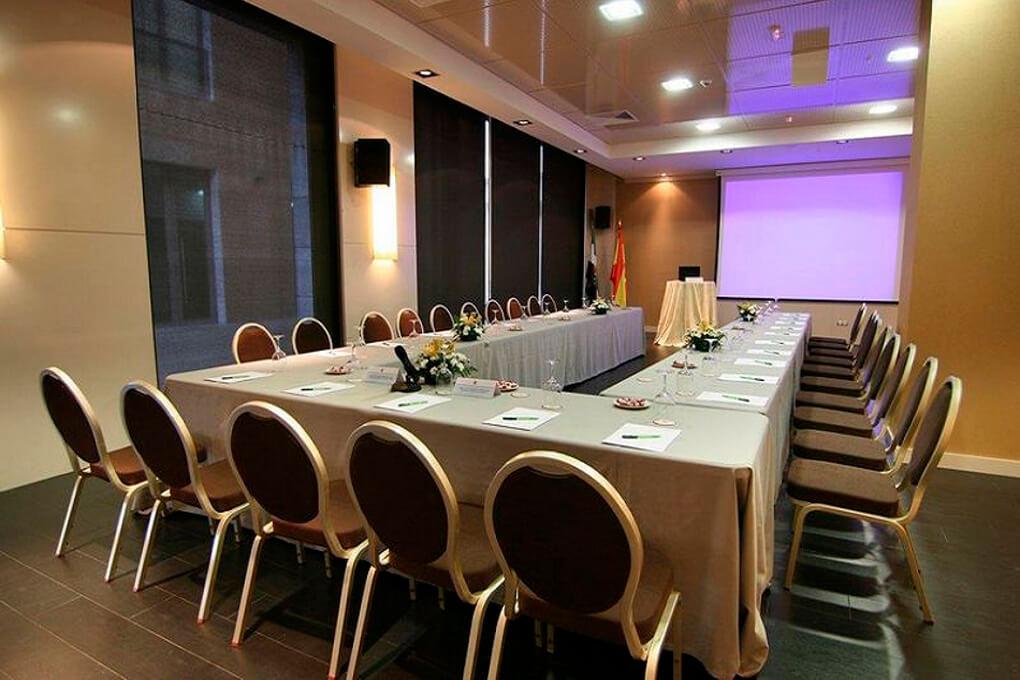 GRAN HOTEL DON MANUEL salon reuniones 2