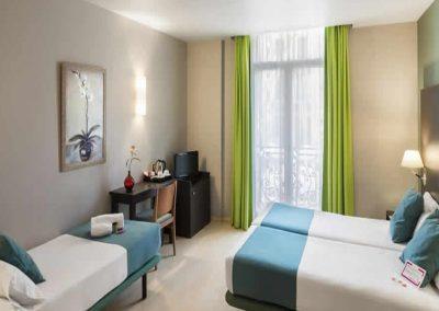 Oriente Room1