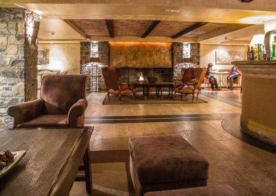 Patagonia salon chimenea 2