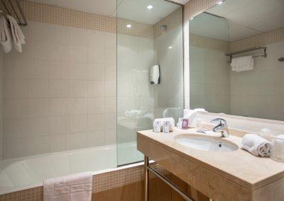 Annapurna Ap. Standard Bath