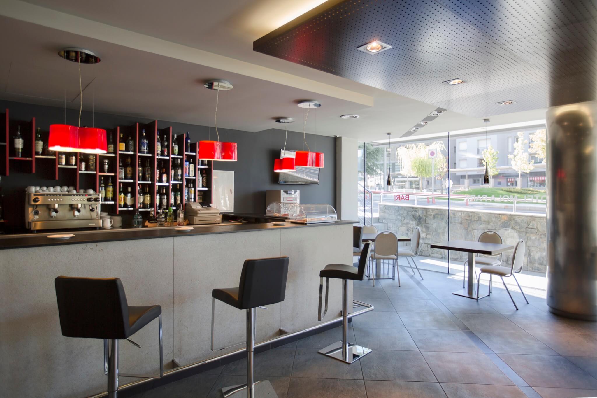 Mola Park Bar