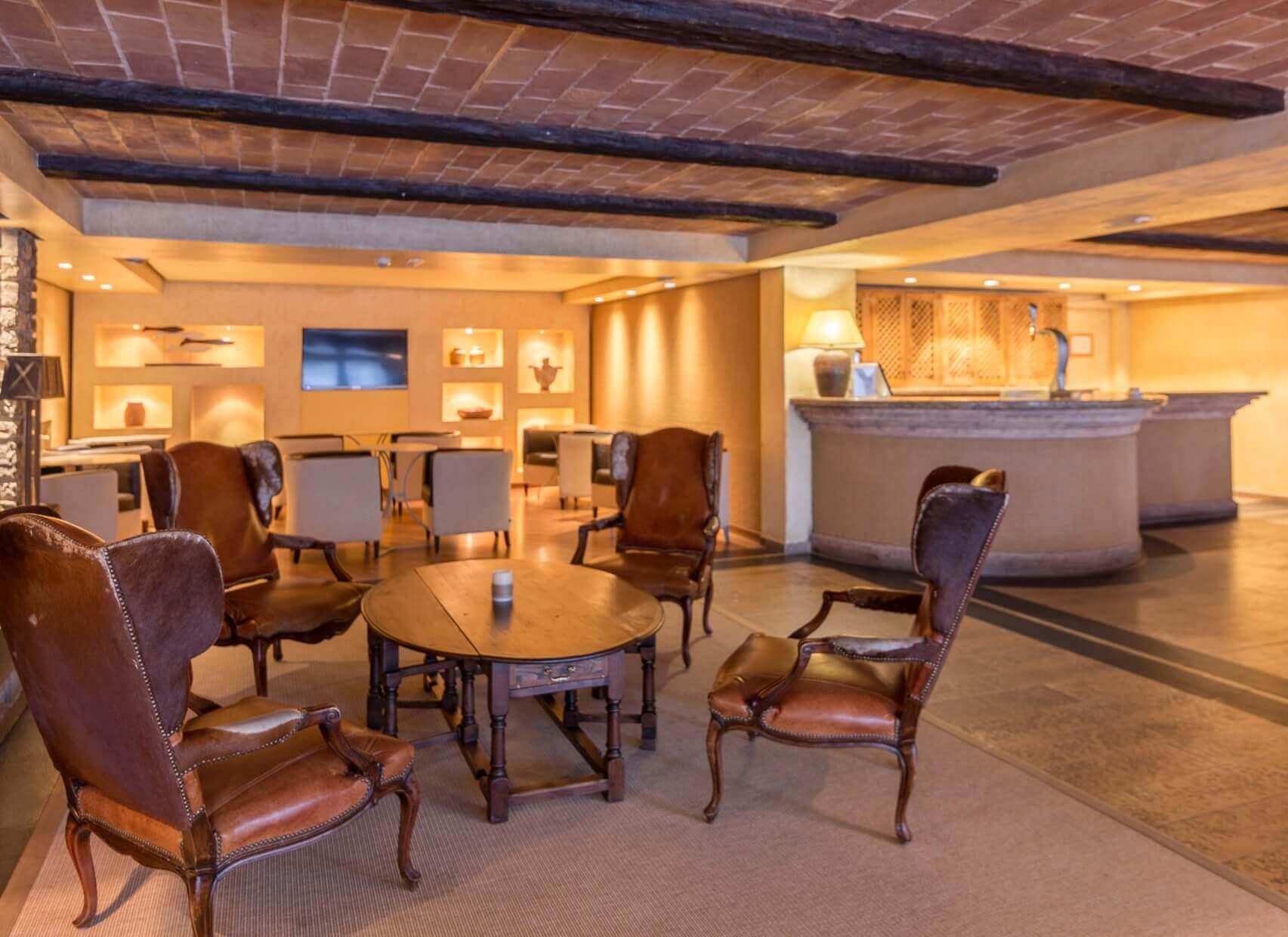 Patagonia lounge 5
