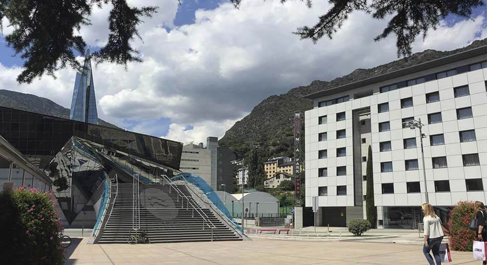 Mola Park Atiram