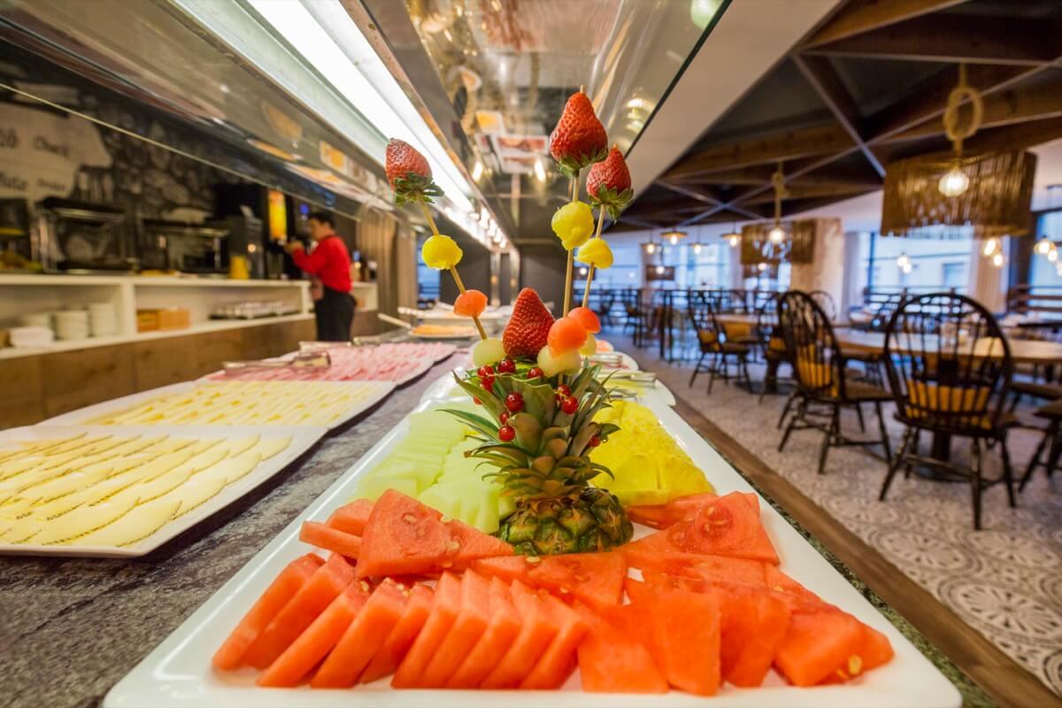 Centric Restaurante buffet detalle
