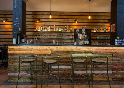 Annapurna_restaurante_verano_bar2