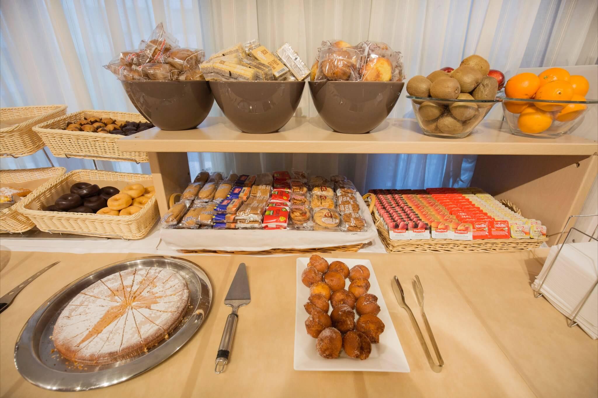 Imperial Bufet desayunos3_2048x1365