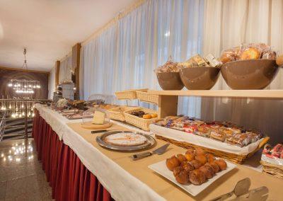 Imperial bufet desayunos_2048x1365
