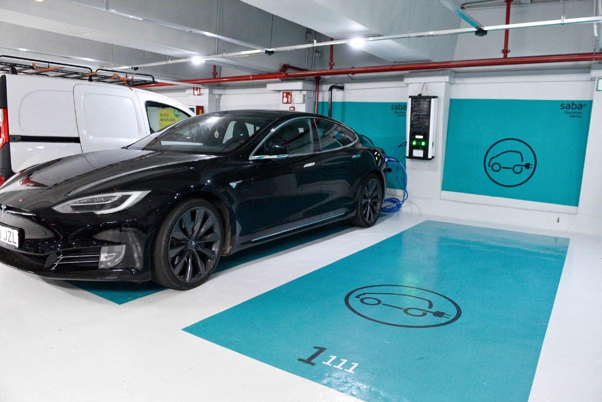 Punto de recarga electrica para vehiculo