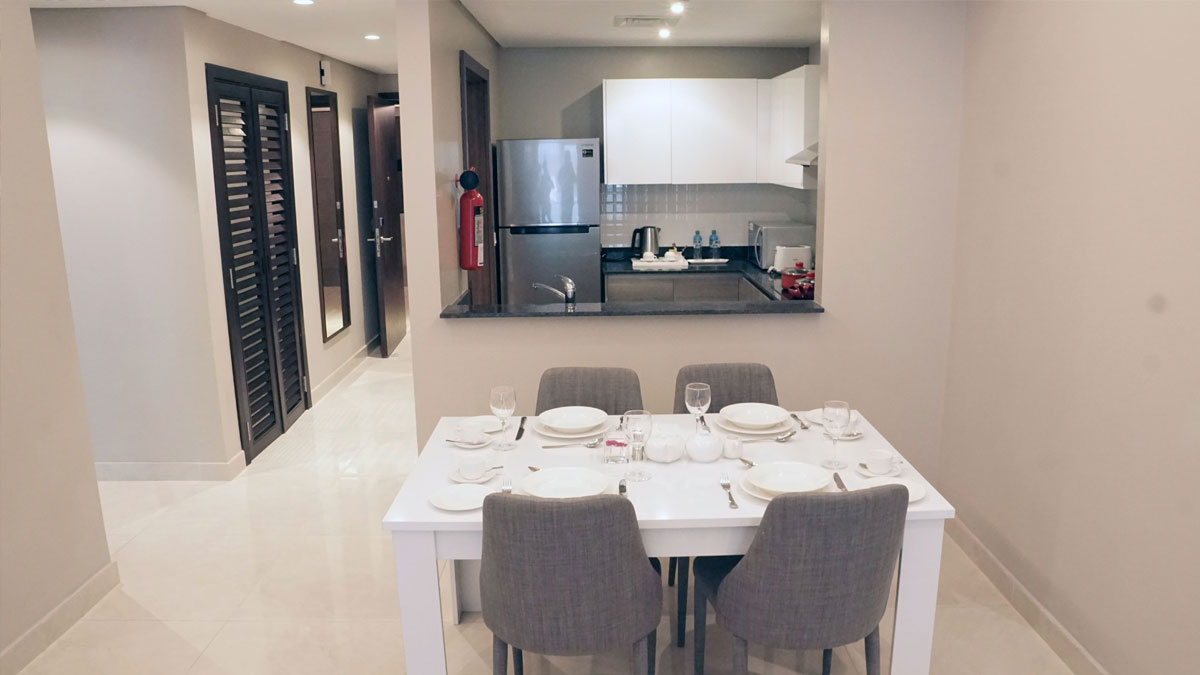jewel-two-Bedroom-Executive-Suite-Dining-Area-Kitchenette.